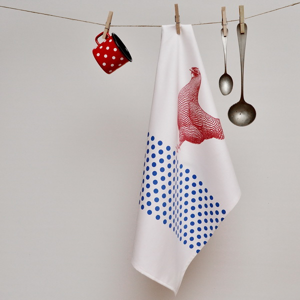 TEA TOWEL RED HEN