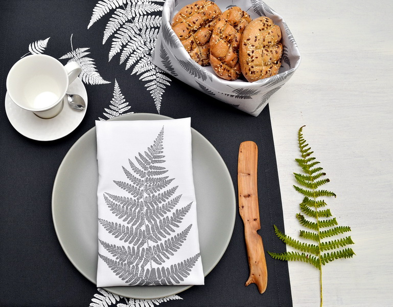 GRAY FERN NAPKINS SET